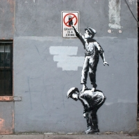 banksy_better-out-than-in_streetart_8