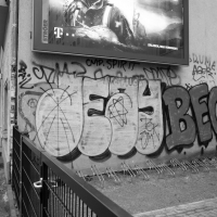 berlin_bombing_21_jeay_begs