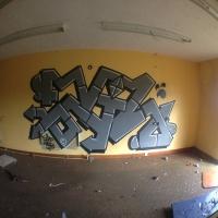DR Evil_FOES_FLIES_Graffiti_HMNI_Spraydaily_05.jpg