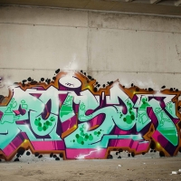 Poison_HMNI_SprayDaily_Graffiti_02