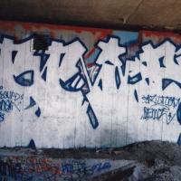 trama_hmni_spraydaily_02