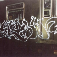mesh_aok_nyc_graffiti_subway_11