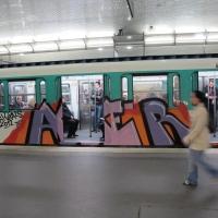 Paris_Metro_Aller_Royals_Graffiti_4