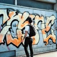 cokney-mb-graffiti-montreuil-ilk-flottante