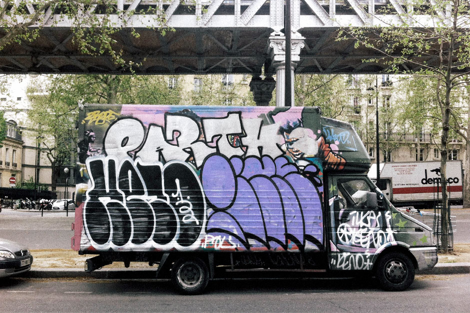 keno ilk ilke pal graffiti throwup camion paris ilk flottante. Black Bedroom Furniture Sets. Home Design Ideas